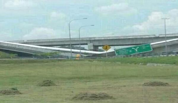 jambatan runtuh berhampiran Selangor Science Park 2