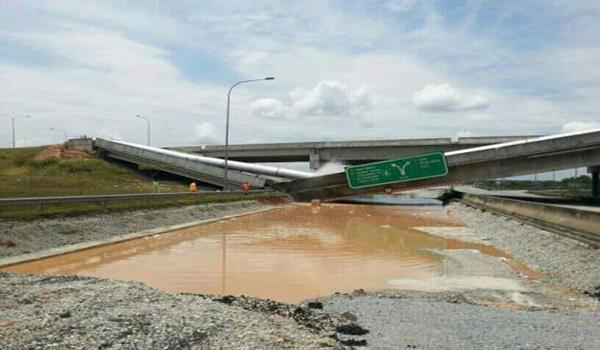 jambatan runtuh berhampiran Selangor Science Park 21