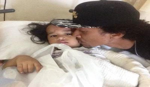 Bekas suami nabila Huda, Zaidy Zailani mencium anaknya, Keisya Laila.