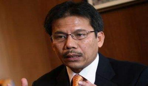 Timbalan Ketua Setiausaha KDN, Datuk Alwi Ibrahim.