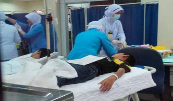 Mangsa keracunan makan sedang mendapatkan rawatan di Hospital Yan.