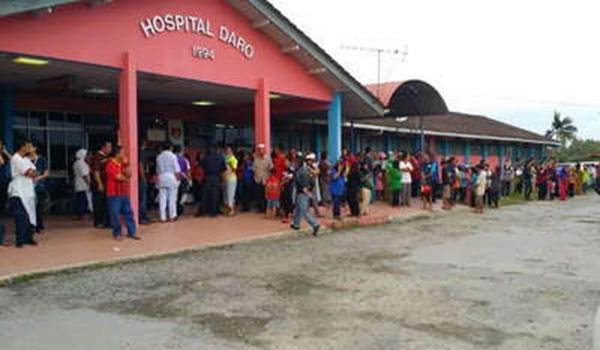 Suasana di Hospital Daro di penuhi kaum keluarga mangsa tragedi bot kaam