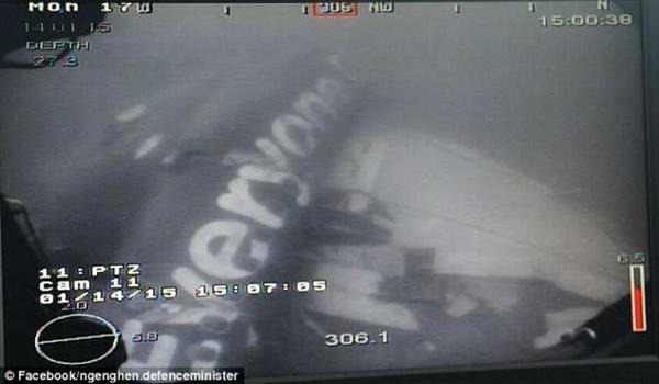 airasia-qz8501-badan-pesawat-ditemui-4