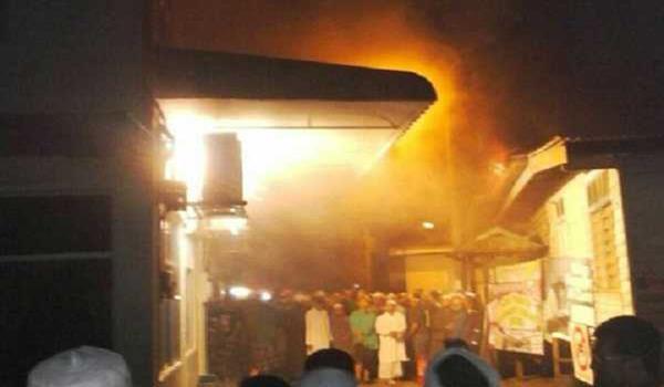 masjid-terbakar-kuala-terengganu