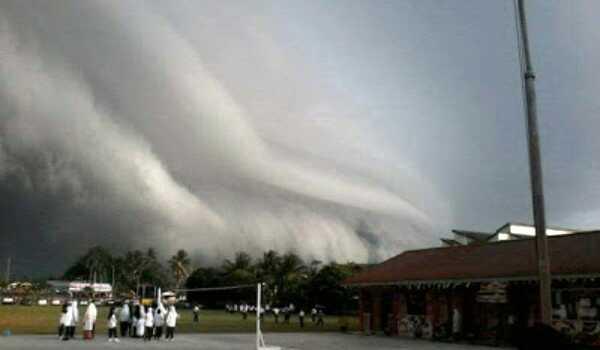 awan-imbak-garis-badai-langkap-perak.jpg